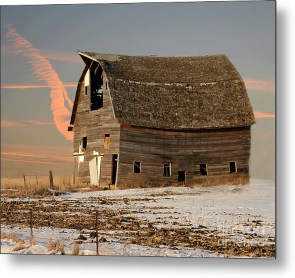 Swayback Barn Metal Print
