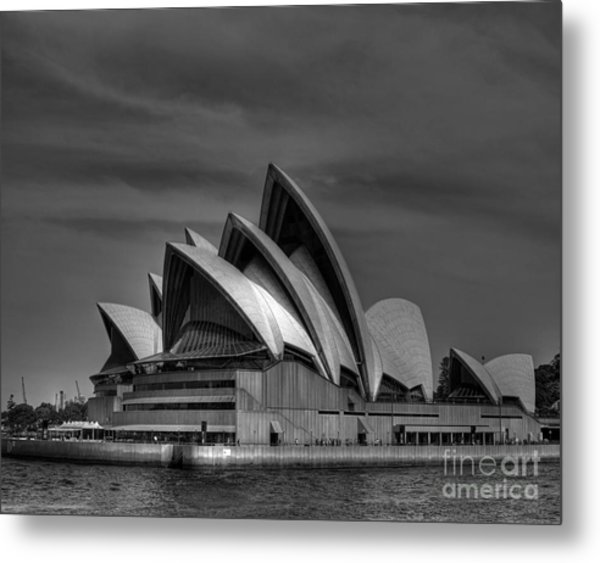 Sydney Opera House Print Image In Black And White Metal Print by Chris Smith