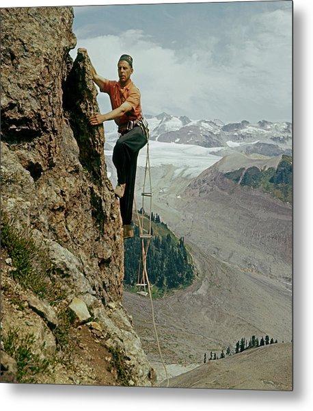 T-902901 Fred Beckey Climbing Metal Print