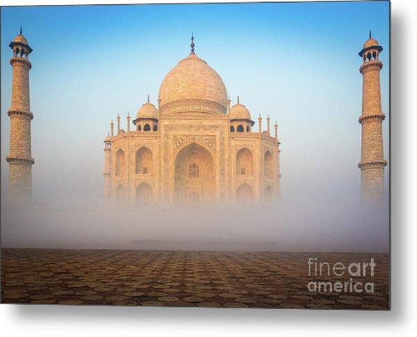 Taj Mahal In The Mist Metal Print