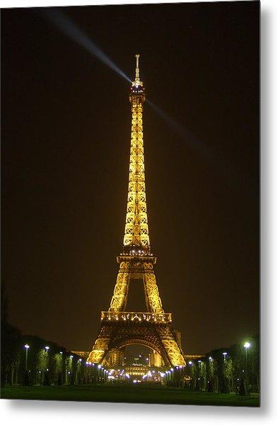 Tall Eiffel Tower Metal Print