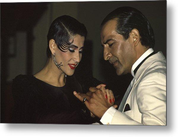 Tango Dancers Metal Print