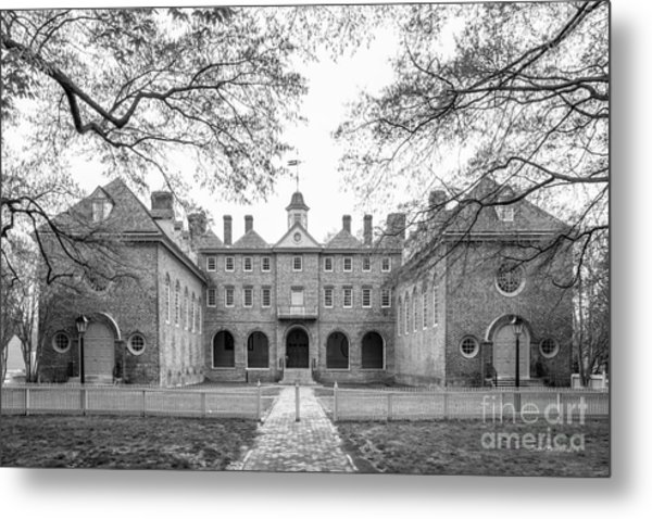 The College Of William And Mary Wren Building Courtyard Metal Print