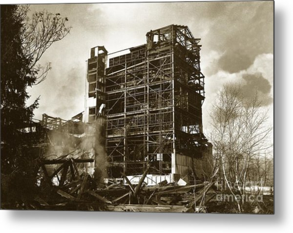 The Dorrance Breaker Wilkes Barre Pa 1983 Metal Print