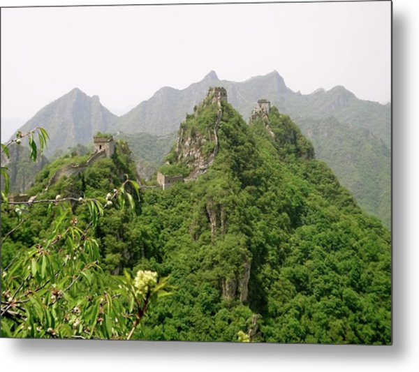 The Great Wall Of China Winding Over Mountains Metal Print