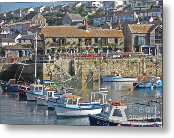 The Harbour Inn Porthleven Metal Print