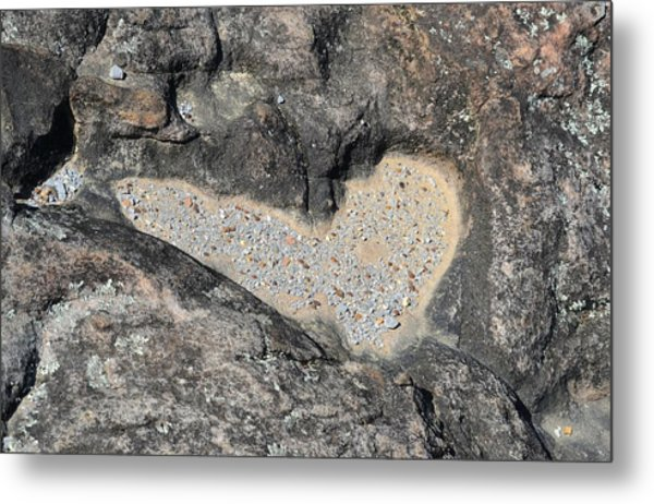 The Heart In Stone Metal Print by rd Erickson