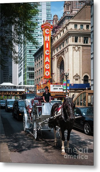 The Iconic Chicago Theater Sign And Traffic On State Street Metal Print