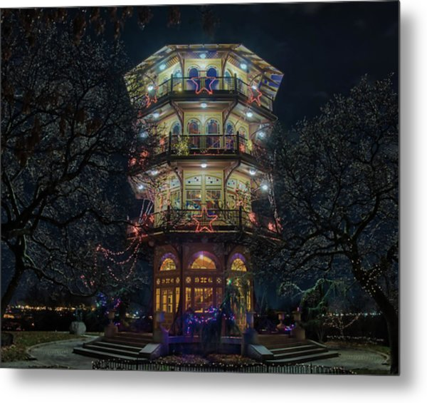 The Pagoda At Christmas Metal Print