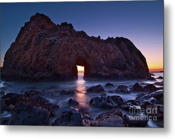 The Portal - Sunset On Arch Rock In Pfeiffer Beach Big Sur In California. Metal Print