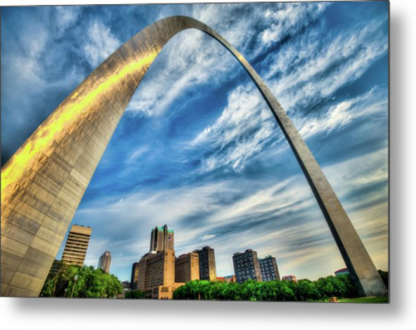 The Saint Louis Arch And City Skyline Metal Print