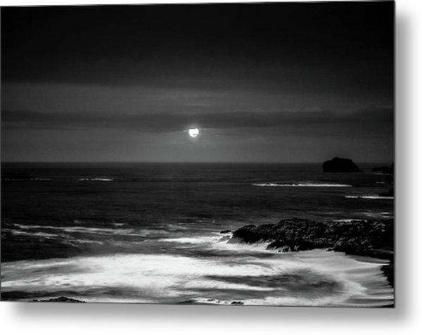 The Sea By Night Metal Print