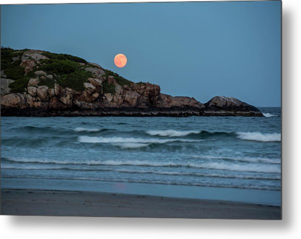 The Strawberry Moon Rising Over Good Harbor Beach Gloucester Ma Island Metal Print