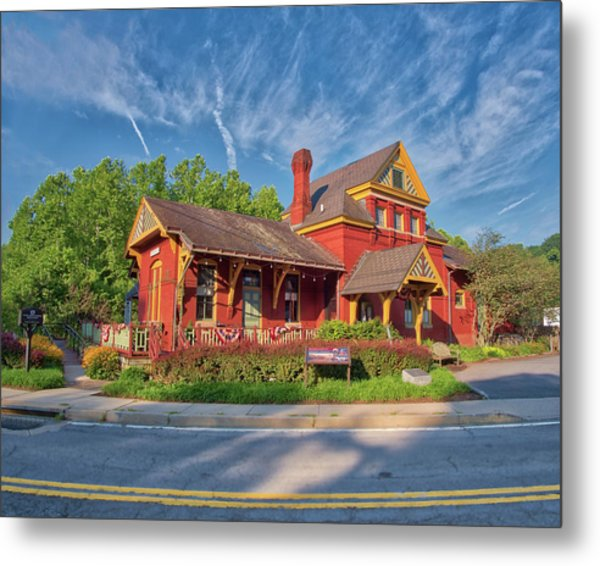 Metal Print featuring the photograph The Sykesville B And O Train Station by Mark Dodd