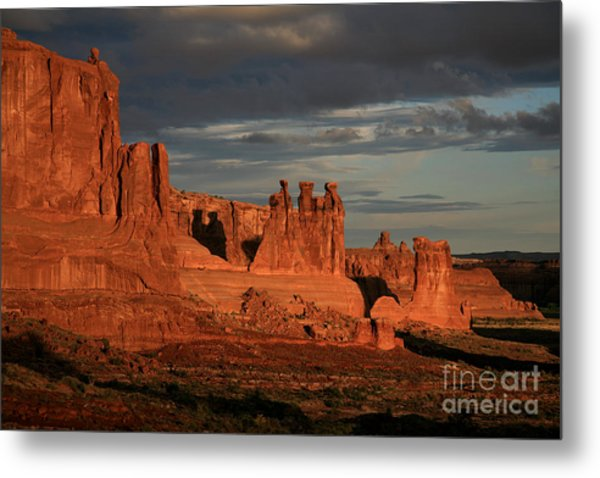 The Three Gossips And Sheeprock Metal Print