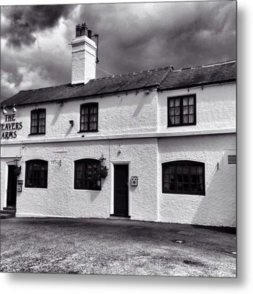 The Weavers Arms, Fillongley Metal Print