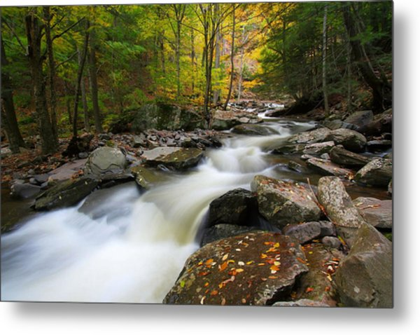 Three Seconds In Fall Metal Print