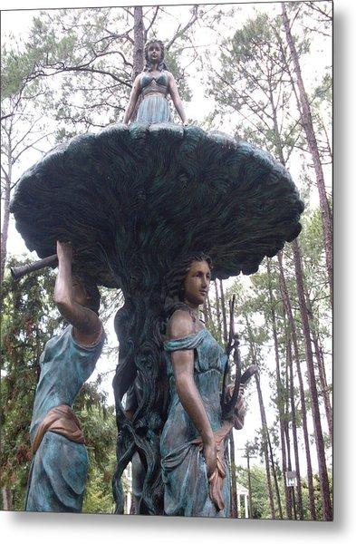 Three Sisters Statue Metal Print by Warren Thompson