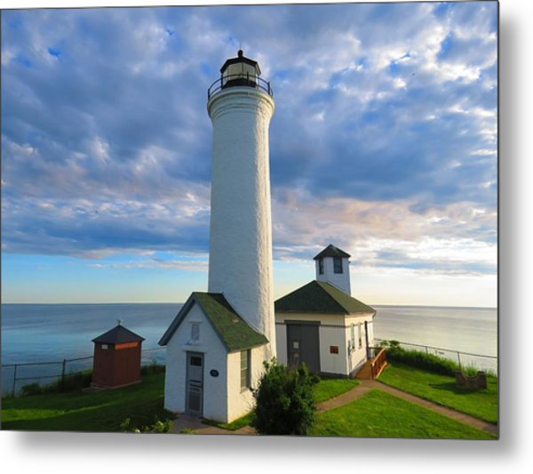 Tibbetts Point Lighthouse In June Metal Print