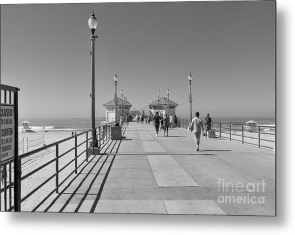 To The Sea On Huntington Beach Pier Metal Print