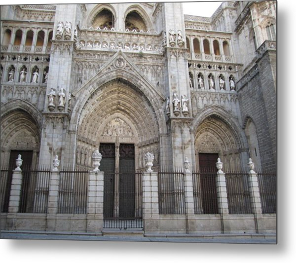 Toledo Cathedral Face To Face Metal Print