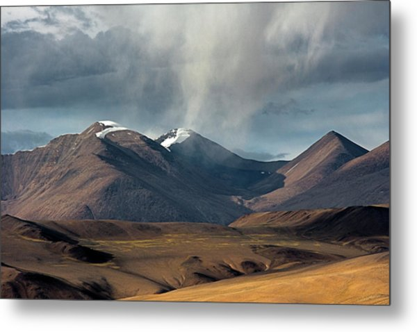 Touch Of Cloud Metal Print