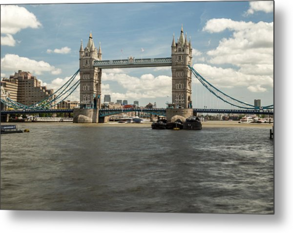 Tower Bridge A Metal Print