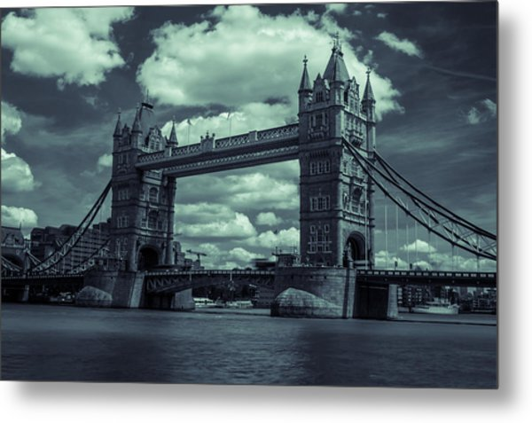 Tower Bridge Bw Metal Print