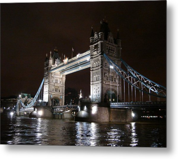 Tower Bridge By Night Metal Print