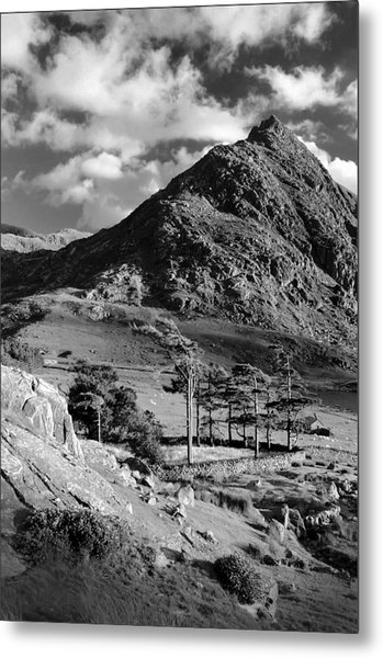 Tryfan And Ogwen Valley Metal Print