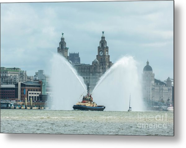 Tug Boat Fountain Metal Print