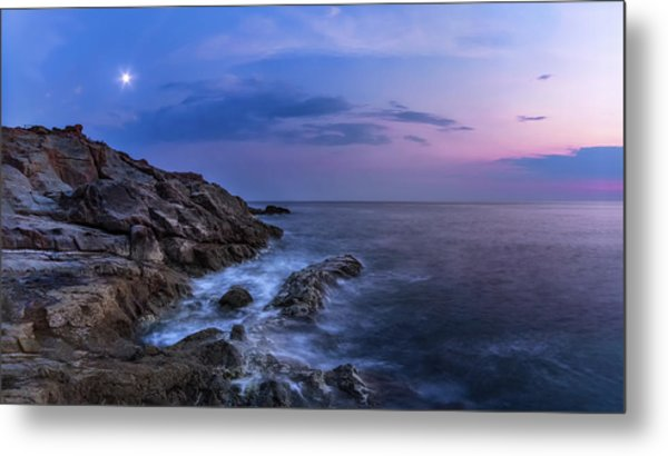 Twilight Sea Metal Print