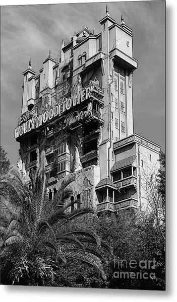 Twilight Zone Tower Of Terror Vertical Hollywood Studios Walt Disney World Prints Bandw Poster Edges Metal Print