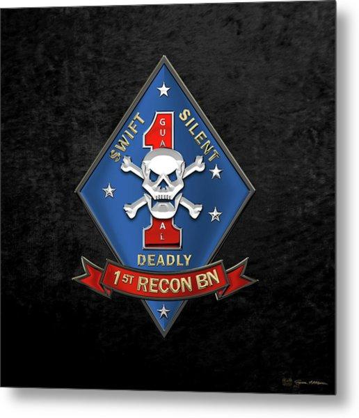 U S M C  1st Reconnaissance Battalion -  1st Recon Bn Insignia Over Black Velvet Metal Print