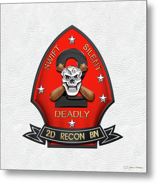U S M C  2nd Reconnaissance Battalion -  2nd Recon Bn Insignia Over White Leather Metal Print