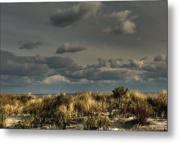 Ufo Inadvertent Metal Print by Kevin  Sherf