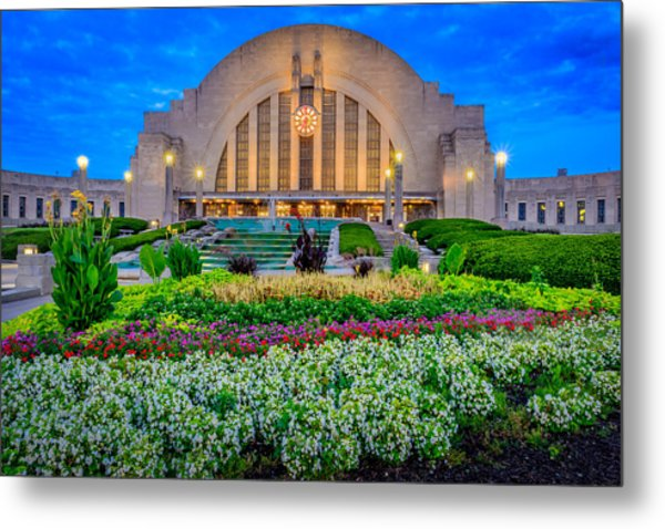 Union Terminal At Sunrise Metal Print