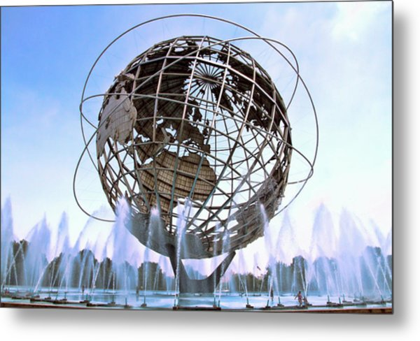 Unisphere With Fountains Metal Print