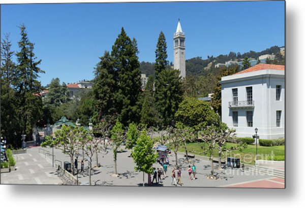 University Of California At Berkeley Sproul Plaza Sather Gate And Sather Tower Campanile Dsc6254 Metal Print