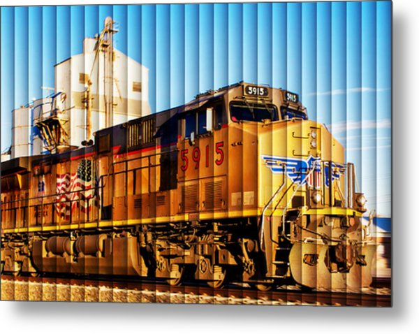Up 5915 At Track Speed Metal Print