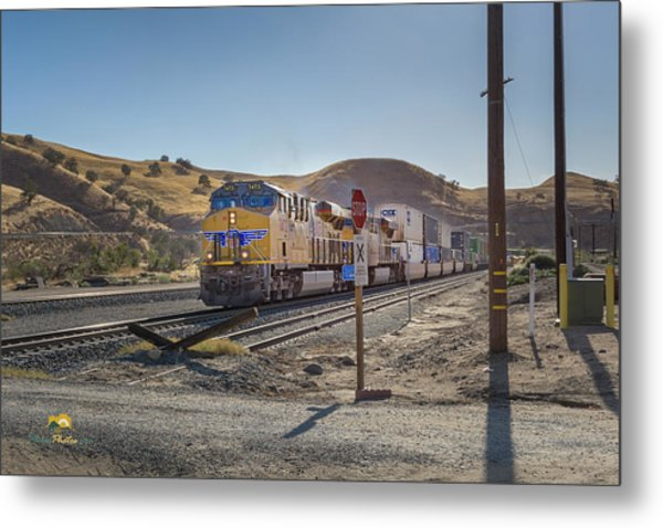 Metal Print featuring the photograph Up7472 by Jim Thompson
