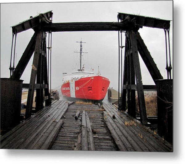 Uscgc Mackinaw Framed By Railroad Elevator Metal Print