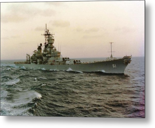 Uss Iowa At Sea In The Indian Ocean Metal Print
