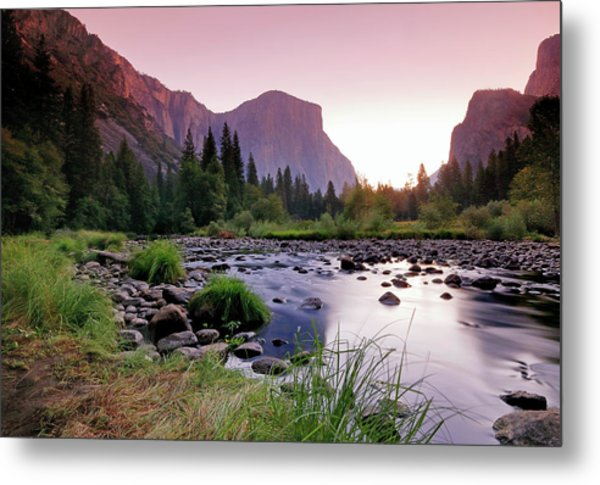 Valley View Sunrise Metal Print