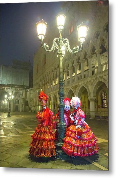 Venetian Ladies In San Marcos Square Metal Print