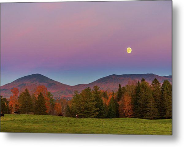 Vermont Fall, Full Moon And Belt Of Venus Metal Print
