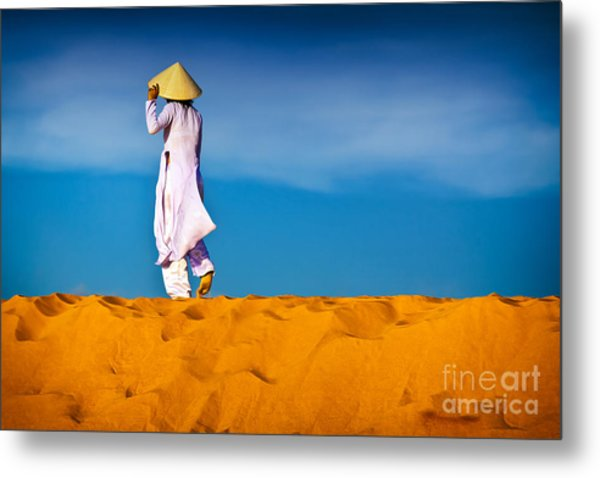 Vietnamese Woman In The Red Sand Dunes Mui Ne Vietnam Metal Print
