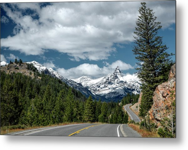View Of The Pilot Peak From Highway 212 Metal Print