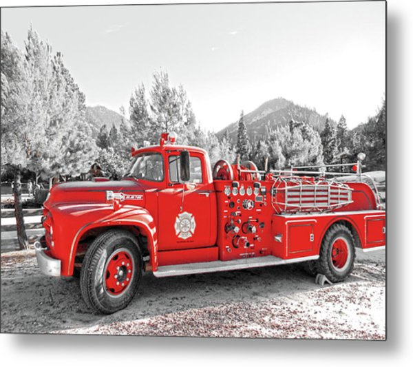 Metal Print featuring the photograph Vintage Fire Truck by Pacific Northwest Imagery