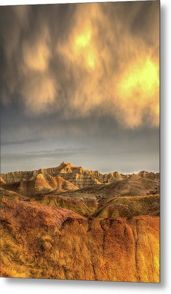 Virga Over The Badlands Metal Print